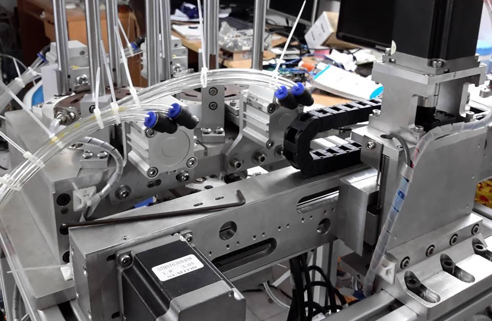 robot cap phoi 1